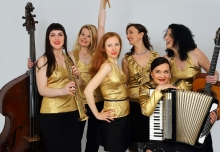 All ladies' swingband